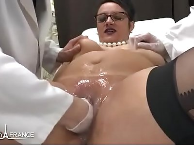 Amateur BBW french milf fisted analyzed and facialized in 3way at the gyneco