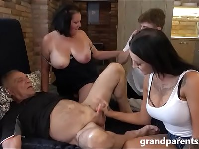 Crazy fucked up family sex